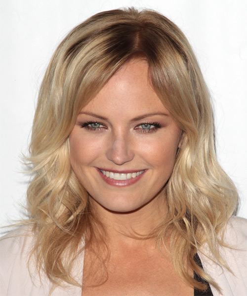Malin Akerman - Casual Medium Wavy Hairstyle