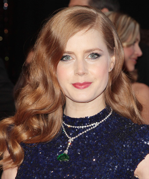 Amy Adams Long Wavy Hairstyle