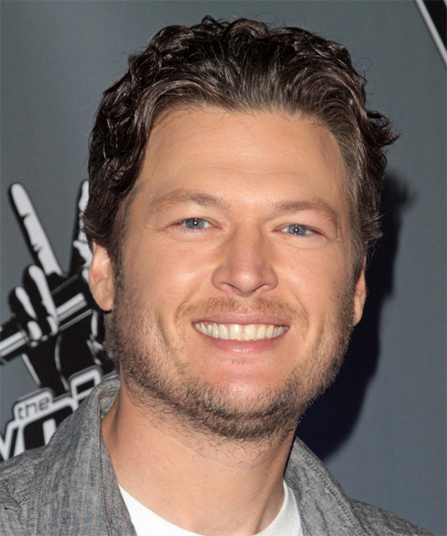 Blake Shelton Short Wavy Casual Hairstyle - Dark Brunette