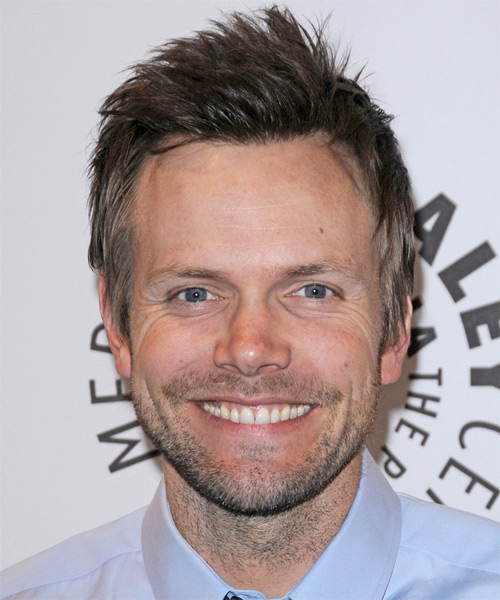 Joel McHale Short Straight Casual Hairstyle - Medium Brunette (Ash) Hair Color