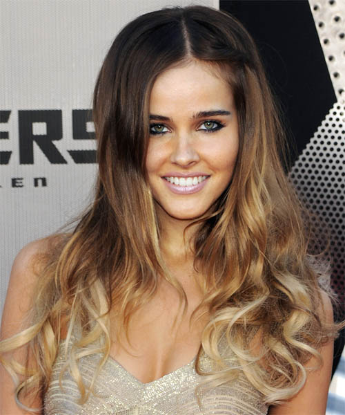 Isabel Lucas - Casual Long Wavy Hairstyle