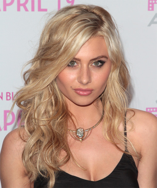 Alyson Michalka - Formal Long Wavy Hairstyle