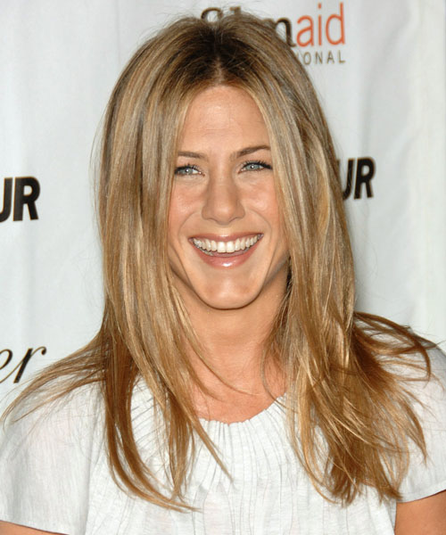 Jennifer Aniston Long Straight hairstyle with middle part