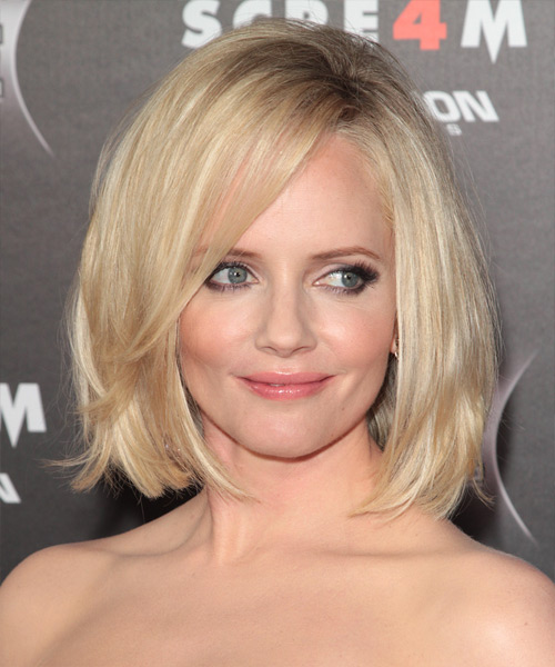 Marley Shelton Medium Straight Casual Bob Hairstyle with Side Swept Bangs - Light Blonde Hair Color