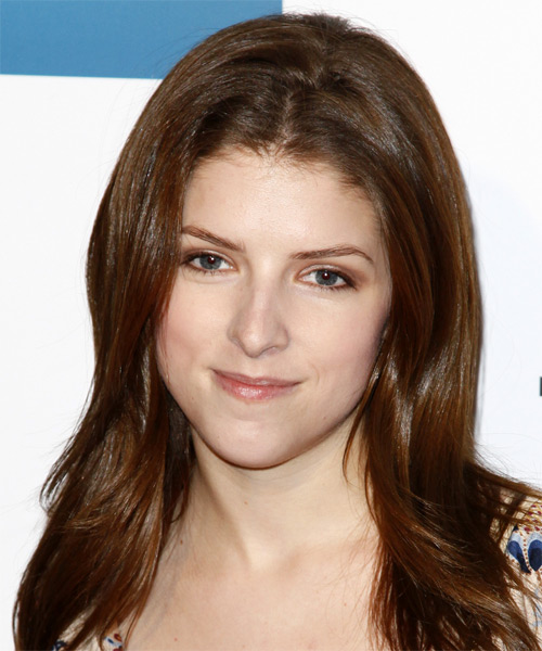 Anna Kendrick Medium Straight Casual Hairstyle - Medium Brunette Hair Color