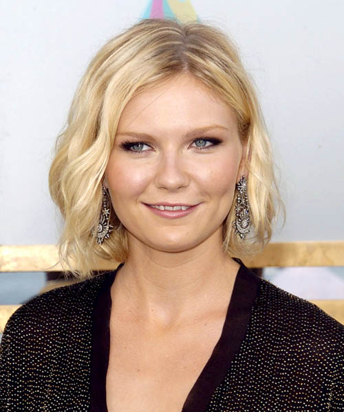 Kirsten Dunst - Casual Medium Wavy Hairstyle