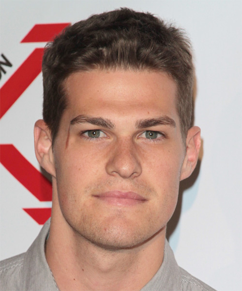 Greg Finley Short Straight Hairstyle - Medium Brunette