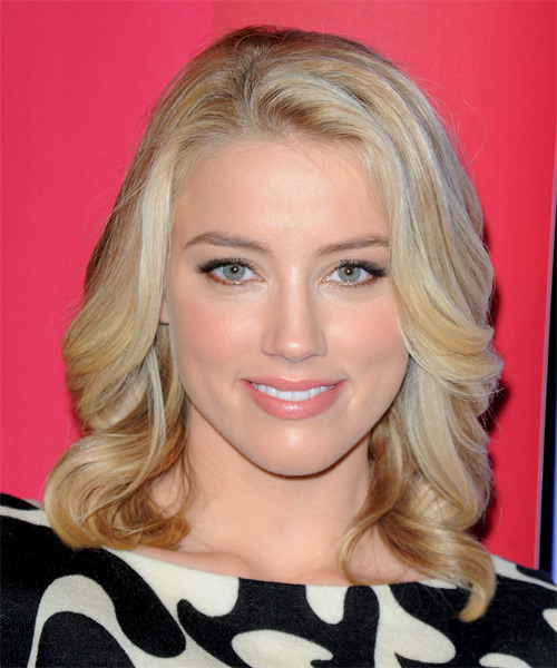 Amber Heard Medium Wavy Formal Hairstyle - Light Blonde Hair Color