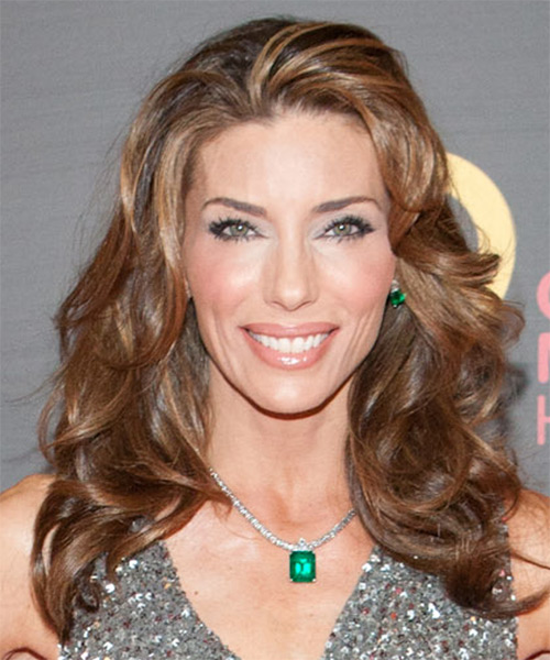 Jennifer Flavin  Long Wavy Hairstyle - Medium Brunette (Caramel)