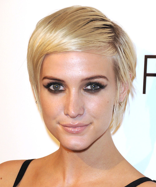 Ashlee Simpson Short Straight Hairstyle - Light Blonde