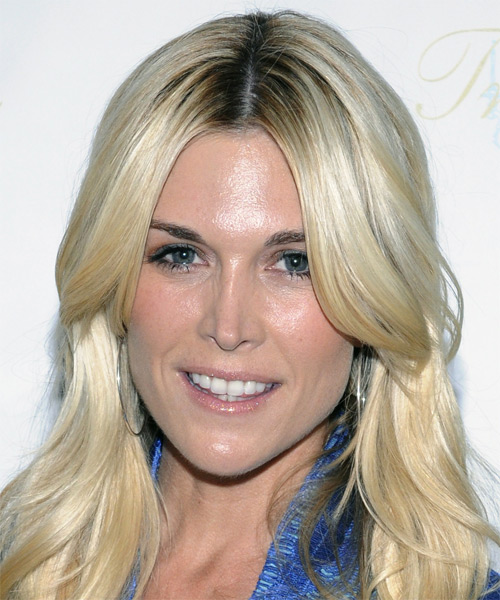 Tinsley Mortimer Long Wavy Hairstyle - Light Blonde (Ash)