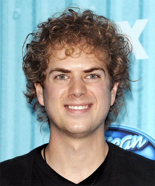 Scott MacIntyre Medium Curly Casual Hairstyle