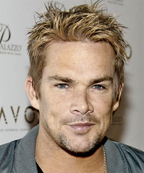 Mark McGrath Short Straight Casual Hairstyle