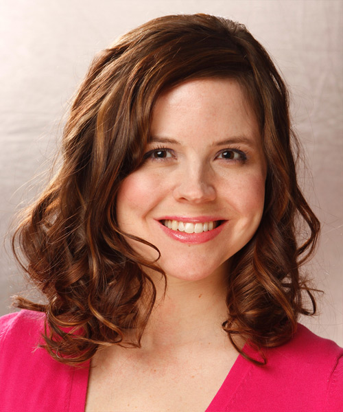 Medium Wavy Casual  - Medium Brunette (Auburn)