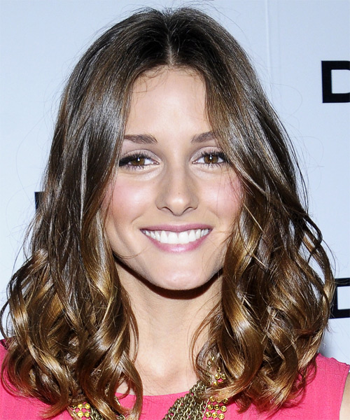 Olivia Palermo Medium Wavy Casual Hairstyle - Medium Brunette Hair Color