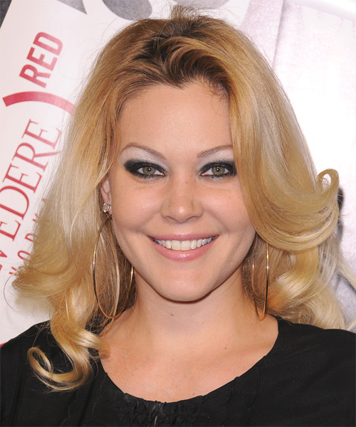 Shanna Moakler Long Wavy Hairstyle - Medium Blonde (Honey)
