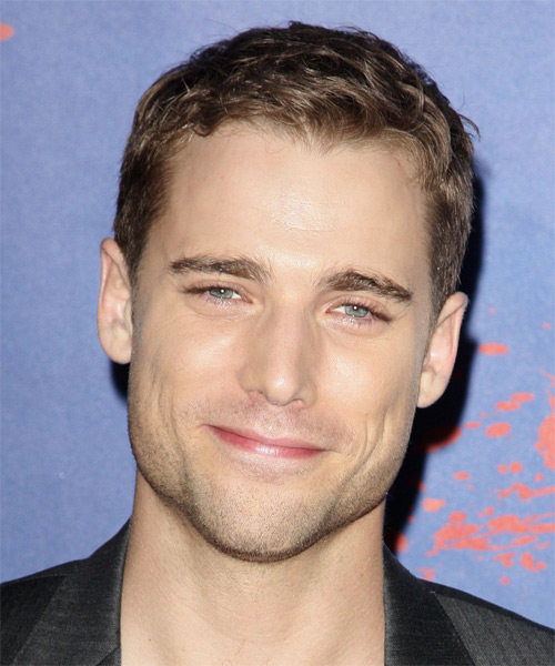 Dustin Milligan Short Straight Hairstyle - Medium Brunette