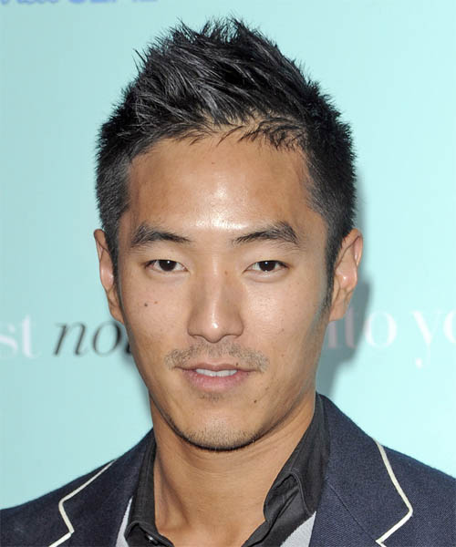 Leonardo Nam Short Straight Hairstyle