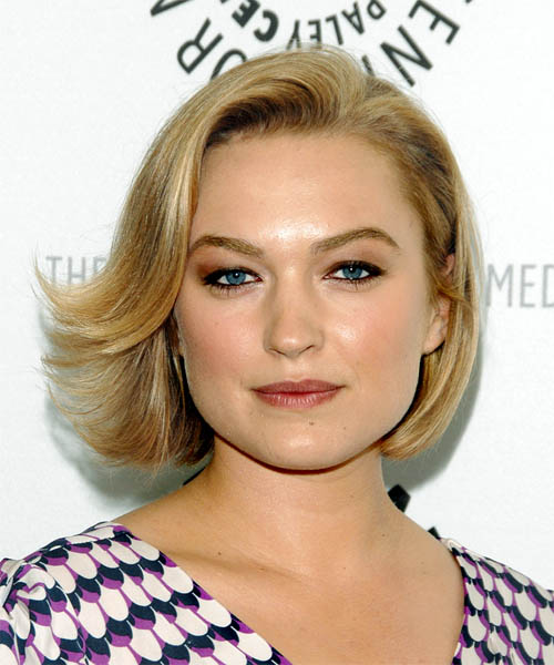 Sophia Myles Medium Straight Formal Hairstyle