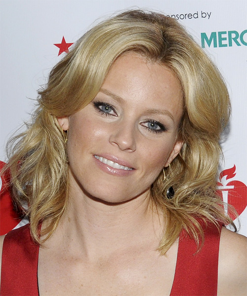 Elizabeth Banks Medium Wavy Hairstyle - Dark Blonde (Honey)