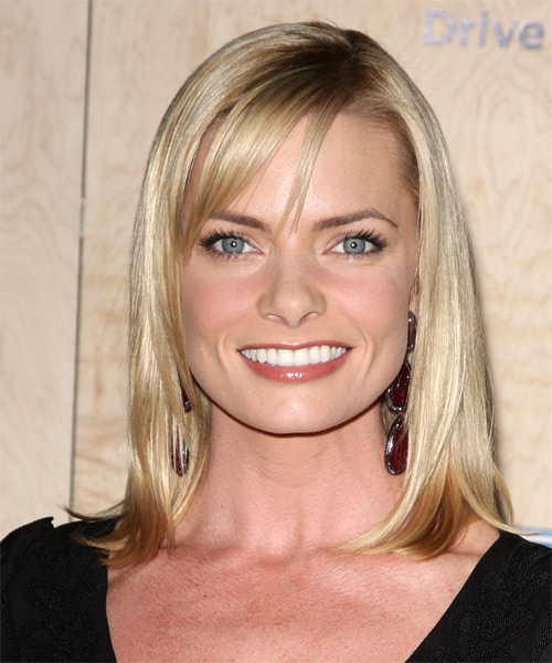 Jamie Pressly Medium Straight Formal Hairstyle with Side Swept Bangs - Light Blonde (Champagne) Hair Color
