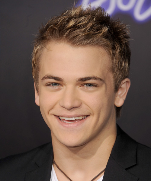 Hunter Hayes Short Straight Hairstyle - Light Brunette
