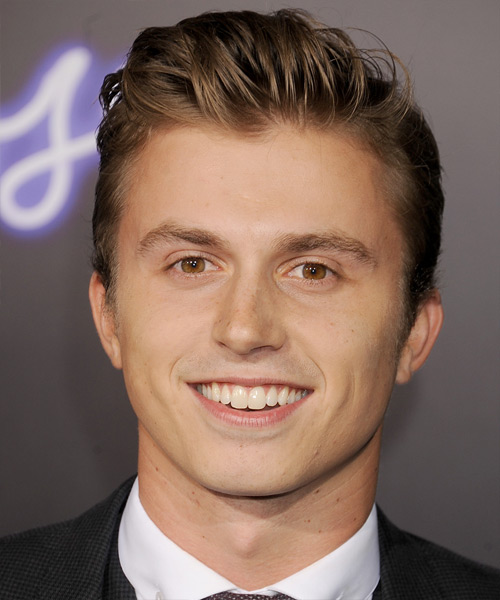 Kenny Wormald Short Straight Hairstyle - Medium Brunette