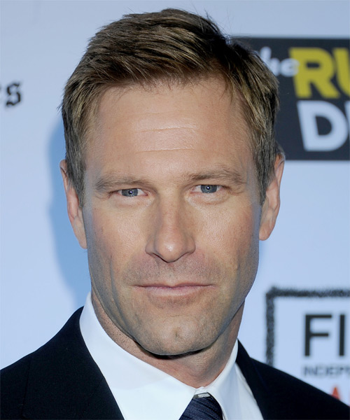 Aaron Eckhart Short Straight Hairstyle - Dark Blonde (Ash)
