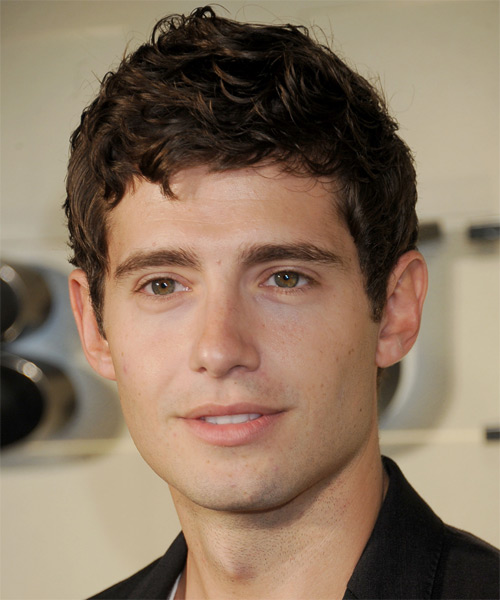 Julian Morris Short Wavy Hairstyle - Medium Brunette