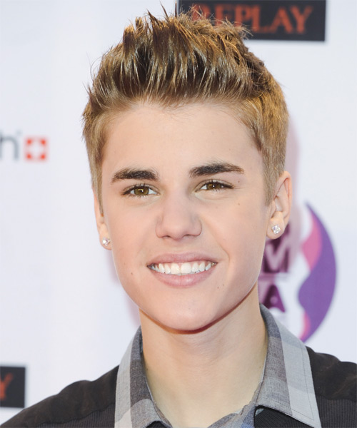 Justin Bieber Short Straight Hairstyle - Dark Blonde