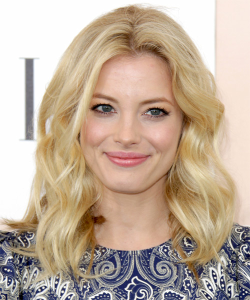 Gillian Jacobs Medium Wavy Casual Hairstyle - Light Blonde (Golden) Hair Color