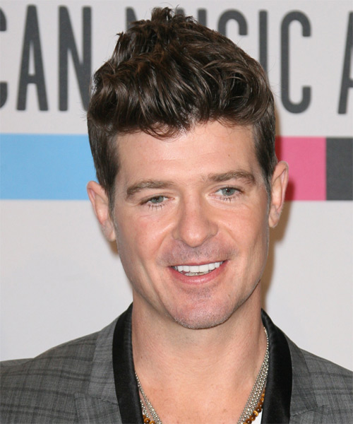 Robin Thicke Short Straight Casual Hairstyle - Medium Brunette (Chestnut) Hair Color