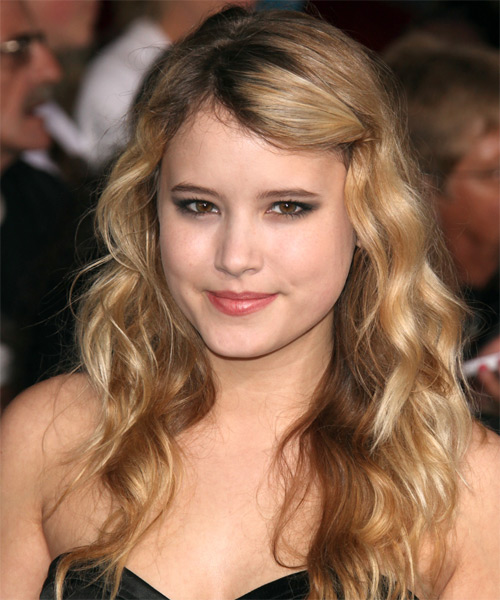 Taylor Spreitler Long Wavy Hairstyle - Dark Blonde (Golden)