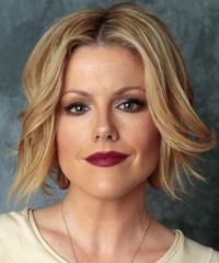 Kathleen Robertson Hairstyle