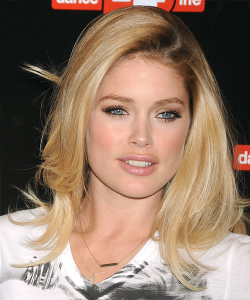 Doutzen Kroes Long Straight Casual Hairstyle - Medium Blonde Hair Color