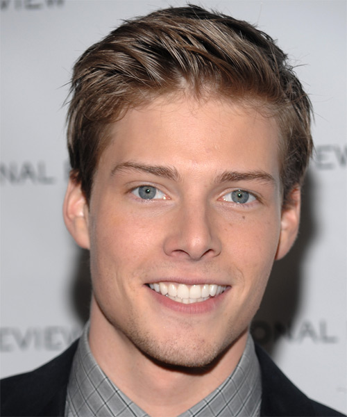 Hunter Parrish Short Straight Formal Hairstyle - Medium Brunette Hair Color