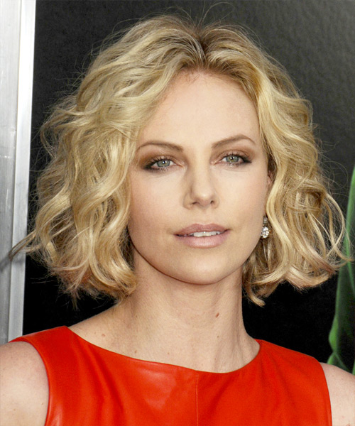 Charlize Theron Short Wavy Casual Bob Hairstyle - Medium Blonde Hair Color