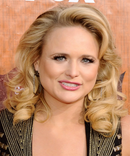 Miranda Lambert Medium Wavy Hairstyle - Light Blonde (Honey)