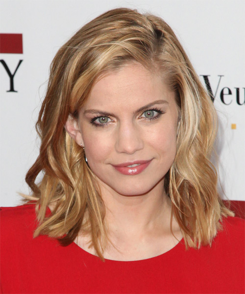 Anna Chlumsky Medium Straight Hairstyle - Medium Brunette (Golden)