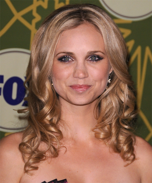 Fiona Gubelmann Long Wavy Hairstyle - Medium Blonde (Champagne)