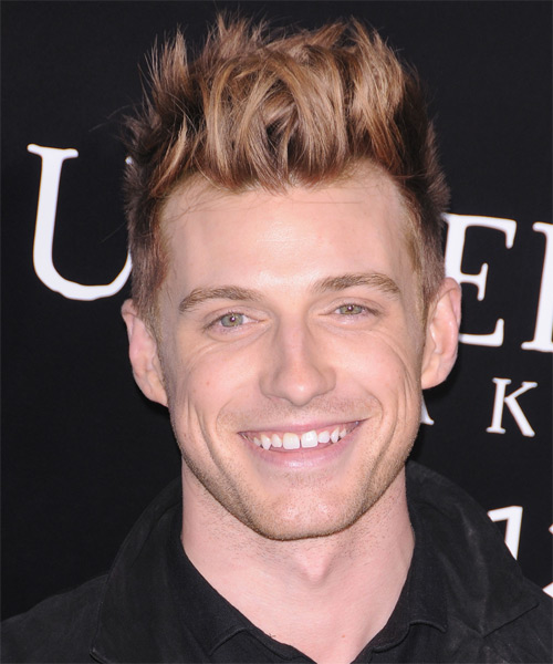 Jeremiah Brent  - Alternative Short Straight Hairstyle