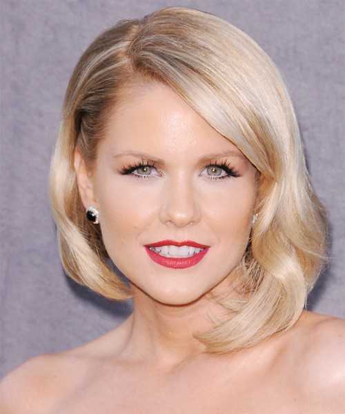 Carrie Keagan Short Straight Formal Bob Hairstyle with Side Swept Bangs - Light Blonde (Honey) Hair Color
