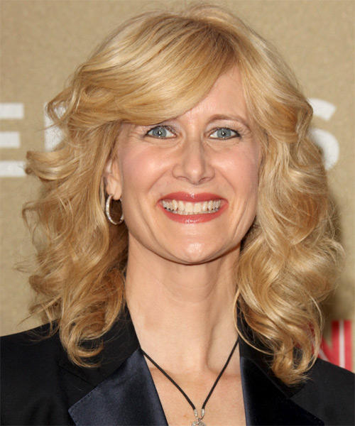 Laura Dern Medium Wavy Hairstyle - Medium Brunette (Champagne)