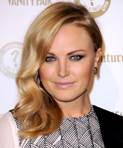 Malin Akerman Medium Wavy Hairstyle - Medium Blonde (Honey)