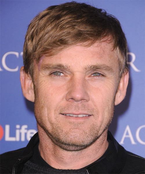 Rick Shroder Short Straight Casual Hairstyle with Side Swept Bangs - Dark Blonde Hair Color