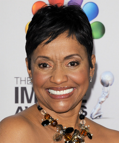 Glenda Hatchett Short Straight Casual Hairstyle - Black Hair Color