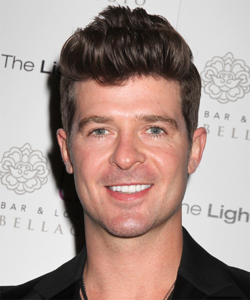 Robin Thicke Short Straight Hairstyle - Medium Brunette (Chocolate)