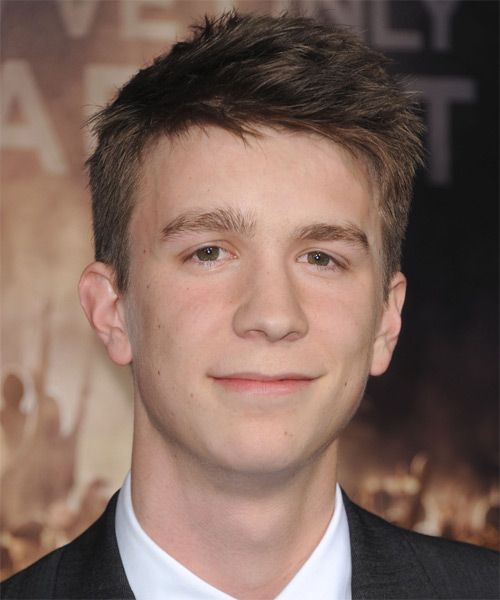 Thomas Mann Short Straight Hairstyle - Medium Brunette