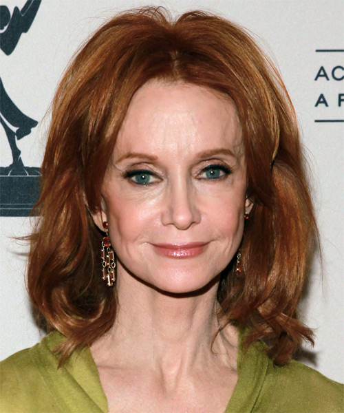 Swoozie Kurtz Medium Straight Bob Hairstyle - Medium Brunette (Copper)