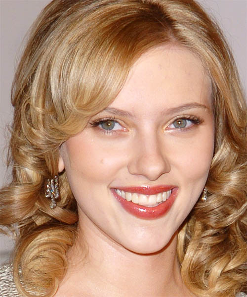 Scarlett Johansson - Formal Medium Curly Hairstyle